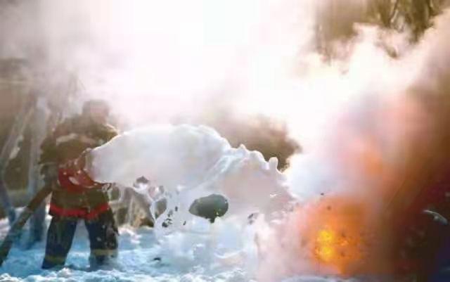 泡沫灭火剂